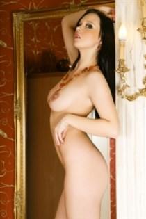 Armounihi, horny girls in France - 16450